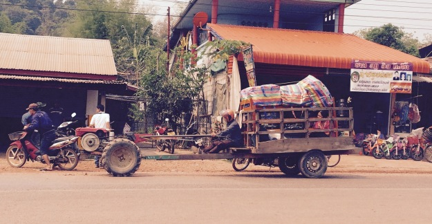 daily life in laos